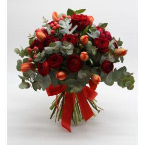 Bouquet di fiori misto rosso