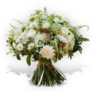 Bouquet misto con rose bianche