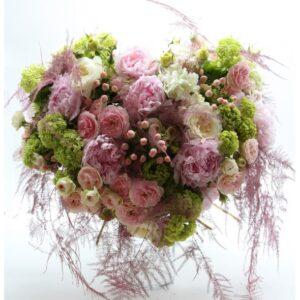 Bouquet a cuore di fiori misto