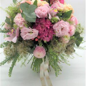 Mini bouquet sul rosa